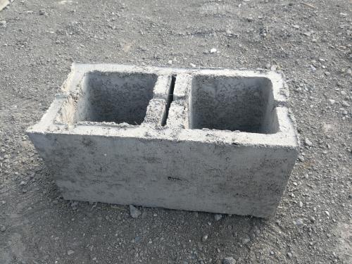 水泥混凝土空心砖